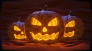 Halloweenowy wieczór filmowy? 9 tytułów, które musisz znać!