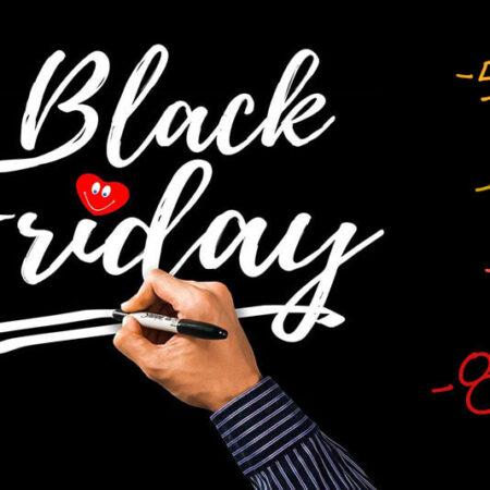 Podaj dalej! Książkowy Black Friday – zobacz najlepsze promocje!